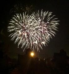 heart-shaped-fireworks