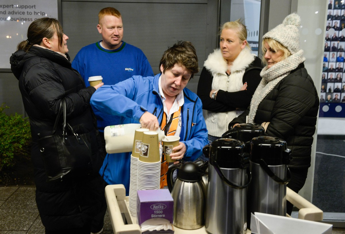 Queue fancy a cuppa, mall bosses ask Black Friday shoppers