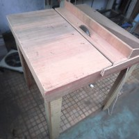 Table saw/meja potong dari papan kayu
