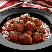 paleonewbie-com recipe slow cooked Italian meatballs in marinara sauce
