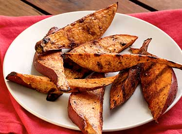 Sweet Potato Paprika-Cinnamon Wedges Recipe