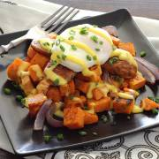 Simple paleo recipe for eggs benedict with paleo hollandaise sauce