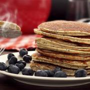 very easy paleo recipe for a hot stack of lemon & poppy seed pancakes