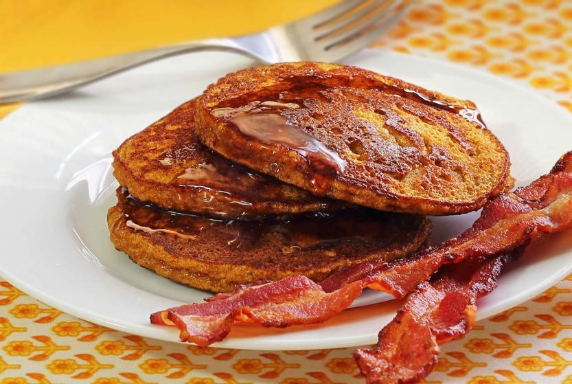 paleo-newbie-pumpkin-pancakes2-1266x850