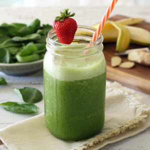 Refreshing Ginger, Apple & Banana Green Smoothie Recipe