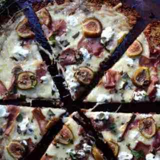 Sweet Potato Crust Pizza   paleoscaleo.com