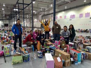 Volunteering at the Family Giving Tree is fun! photo credit: Alpha Kappa Psi