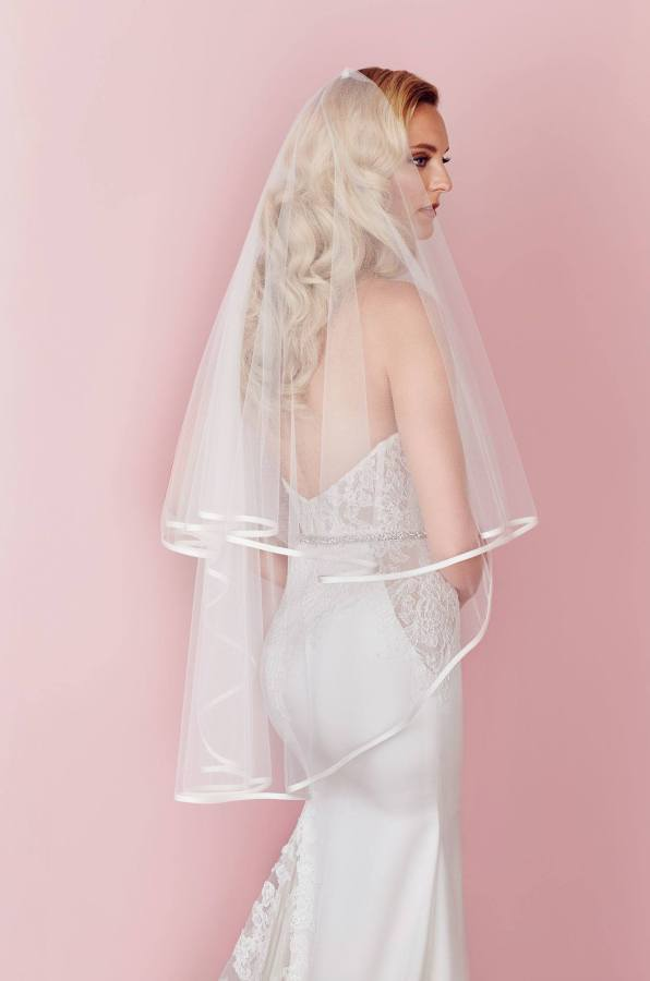Style V457F Paloma Blanca wedding veil Spring Collection_0