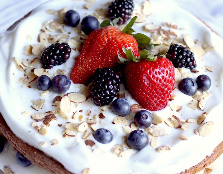 summer berry torte