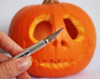 Jak zrobić halloweenowy lampion z dyni