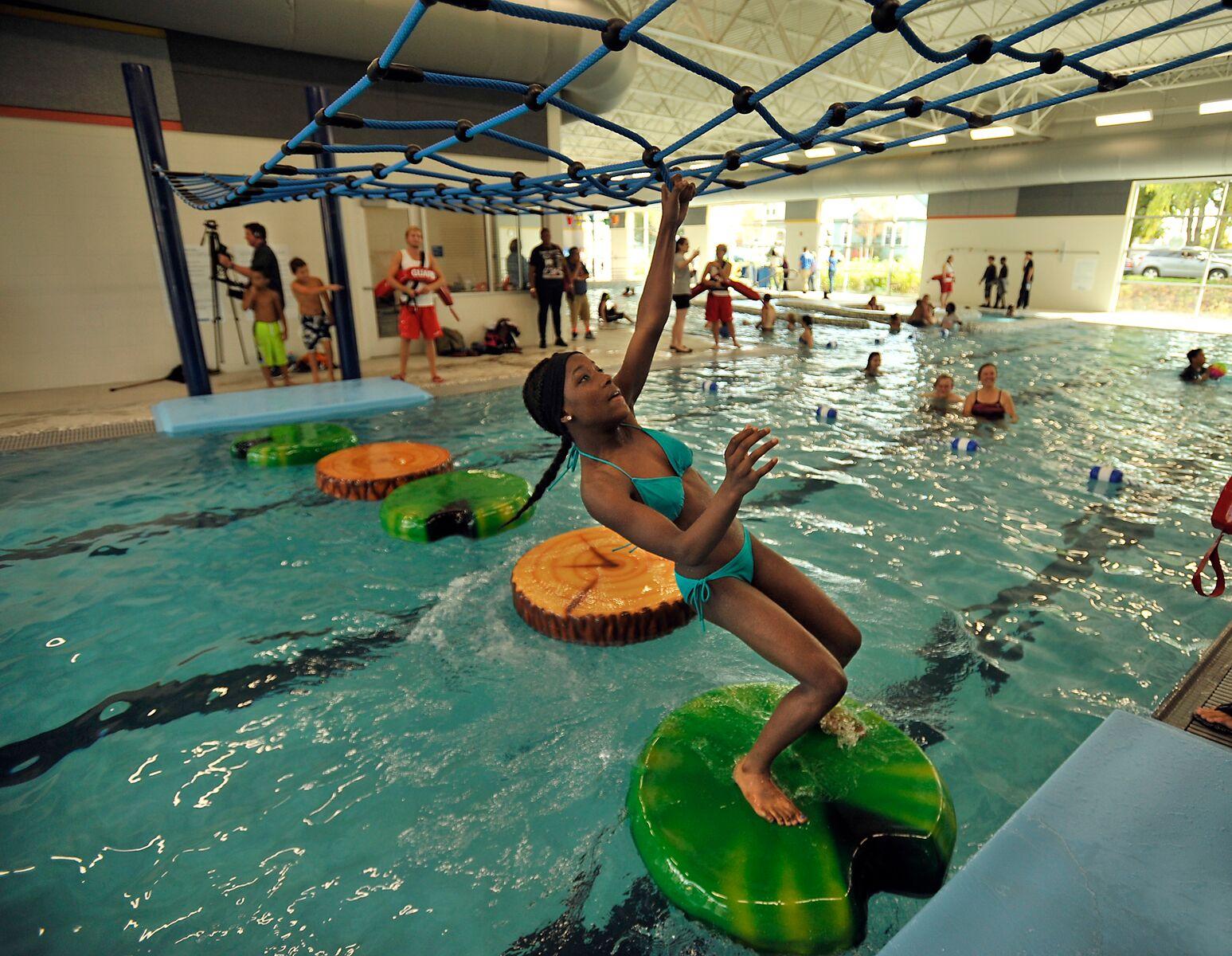 Fullsize Of Swimming Pool Slides