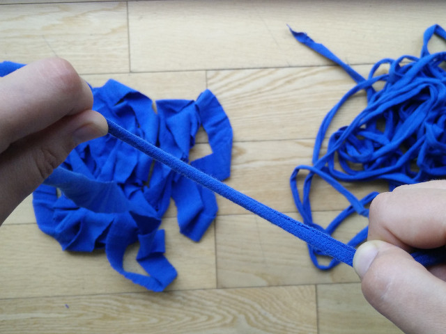 How to make t-shirt yarn : Step 6