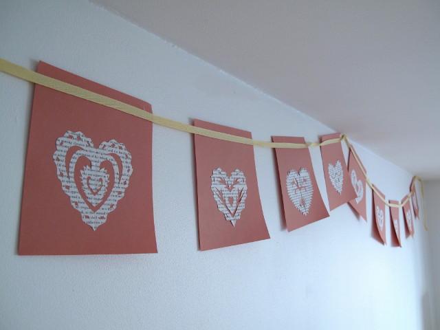 Créations en papier pour la saint valentin : Drapeaux en papier recyclé