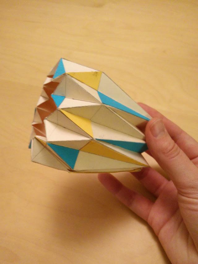 Un prototype pour l'abat-jour en origami