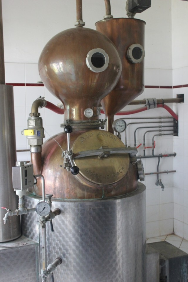alambics distillerie guillon