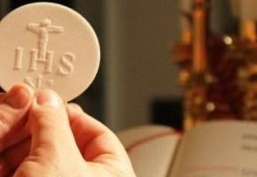 Il programma delle sante Messe nelle famiglie