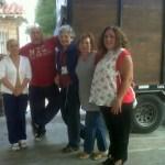 Con los amigos de la parroquia Santa Rita después de cargar un camión completo!!!!