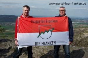 Hissen Frankenfahne Staffelberg 9Apr2016_1