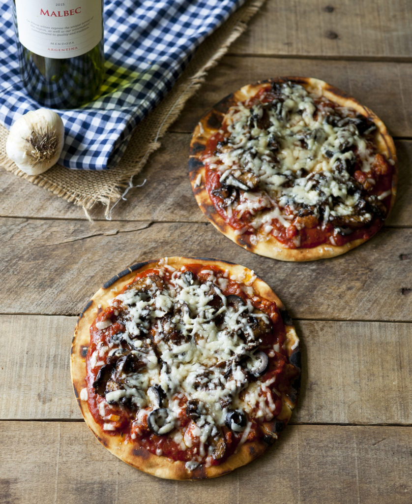 Peachy Make It Your Totally American Flat Bread Italian Sausage Pizzas Balsamic Glazed Mushrooms Thing About Pizza Is You Can Take This Mess Around nice food Best Way To Cook Italian Sausage