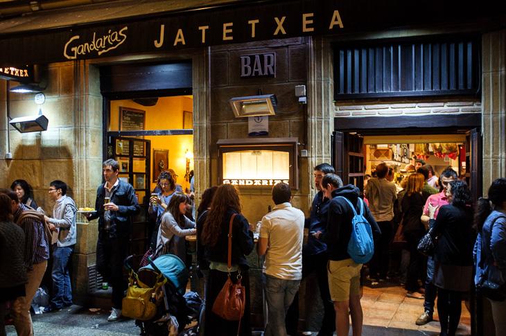 Passagem Gastronômica - Casa Gandarias - Pintxos Bar em San Sebastian