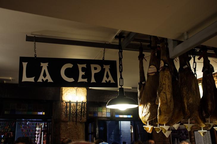 Passagem Gastronômica - La Cepa - Pintxos Bar em San Sebastian
