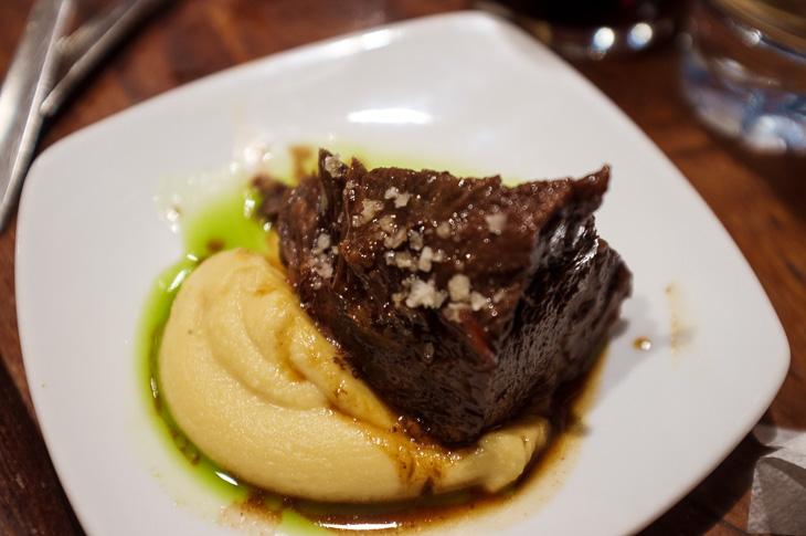 Passagem Gastronômica - Cuchara de San Telmo - Bochecha de Vitela - Pintxos Bar em San Sebastian