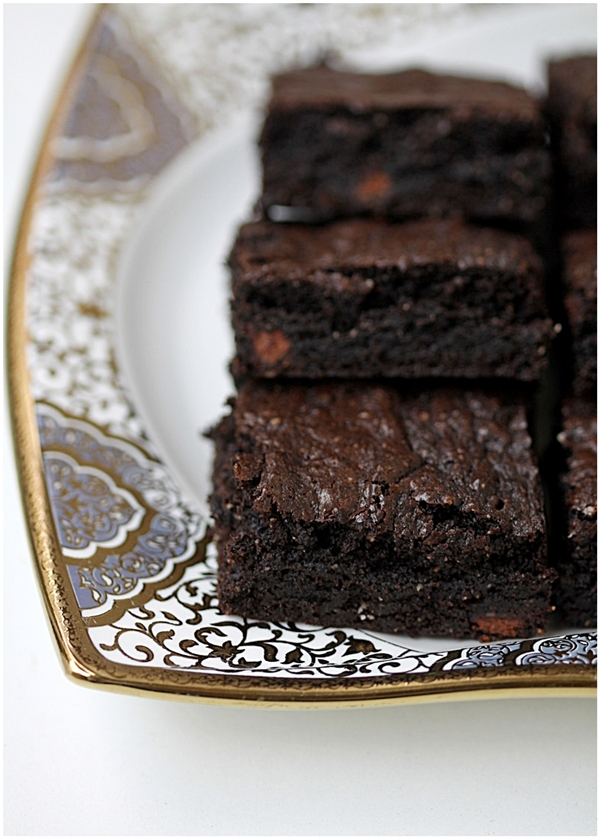 Cocoa wholewheat almond brownies