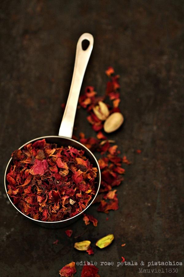 edible rose petals & pistachios Mauv