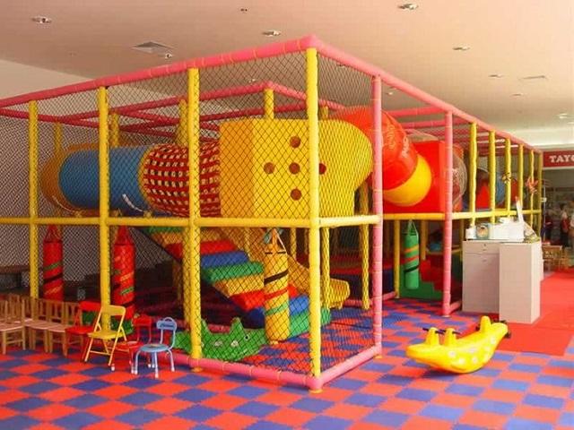 playground in cui giocare in tutta sicurezza
