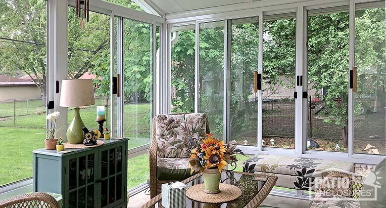 5 Sunroom Decorating Ideas for Your Home     Three Season Room