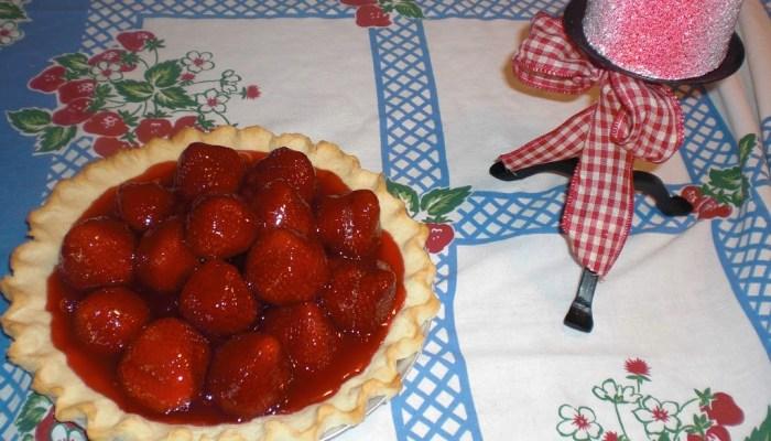 Strawberry Pie with Jello Glaze