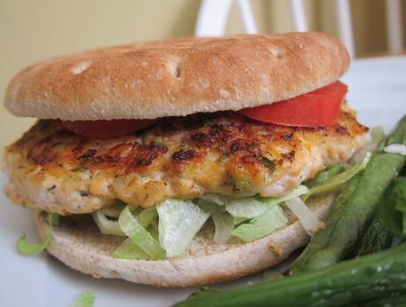 salmon burgers 016