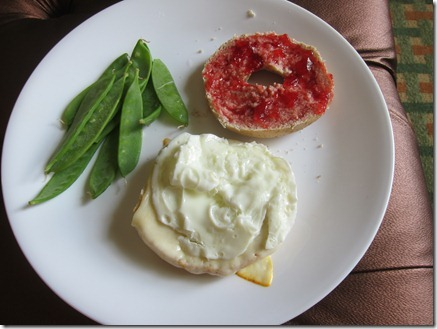 bagelwich jelly cheese 006