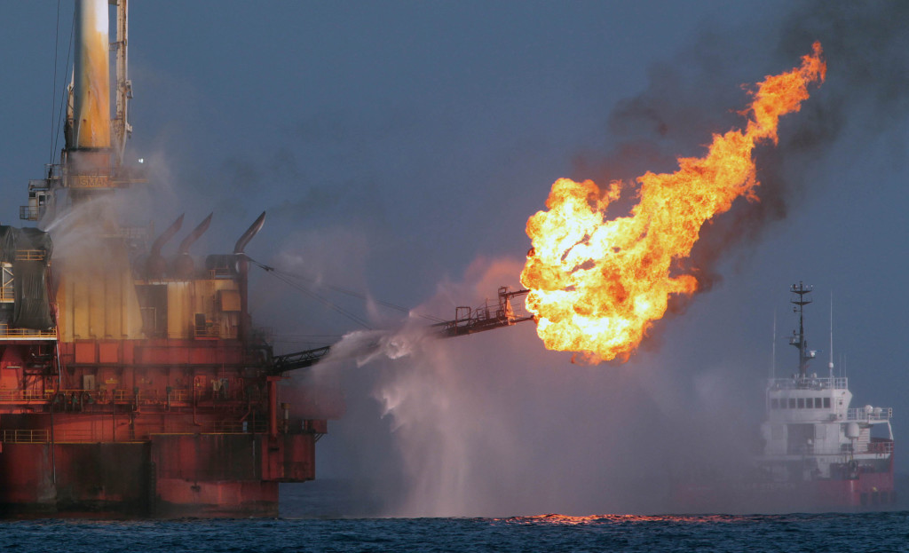 deep water horizon oil spill The trustees have reached a settlement with bp to resolve bp's liability for natural resource injuries from the deepwater horizon oil spill under this settlement, bp will pay up to $88 billion for restoration.
