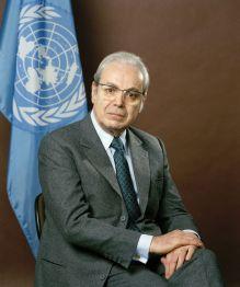 Die beiden ehemaligen UN-Generalsekretäre Javier Pérez de Cuéllar und...
