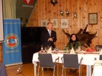 """LLStv Obsti.R. Friedrich Scheibler verliest die"""" Wehnachtsbotschaft"""" von LL Brigadier Nikolaus Egger"""