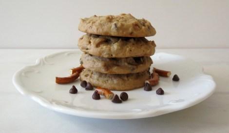 Peanut Butter and Pretzel Cookies