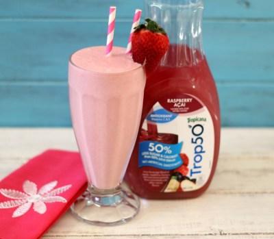 Strawberry Banana Raspberry Acai Smoothie