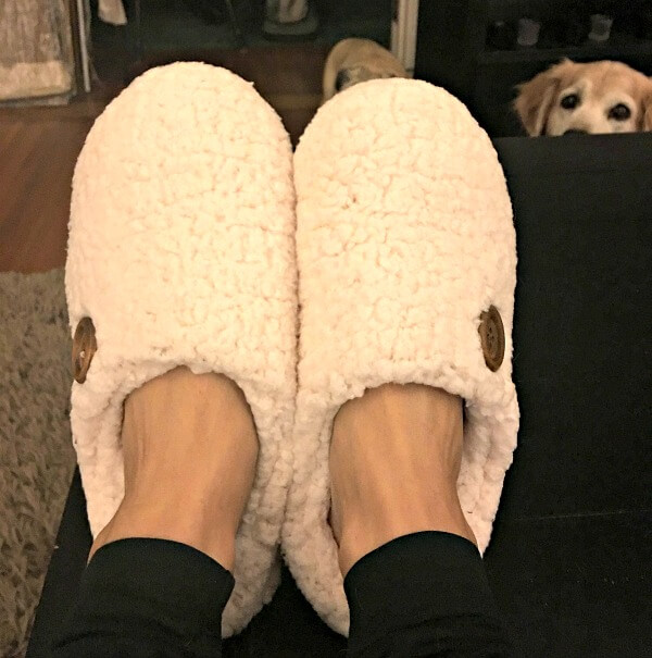 10-3slippers