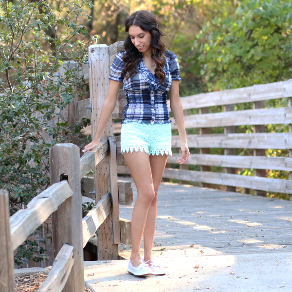 My favorite outfits - plaid top and mint lace shorts