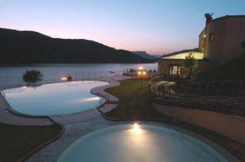 hotel-istellas-Pitzu-Tuvudu-Lago-Flumendosa-1-notizia