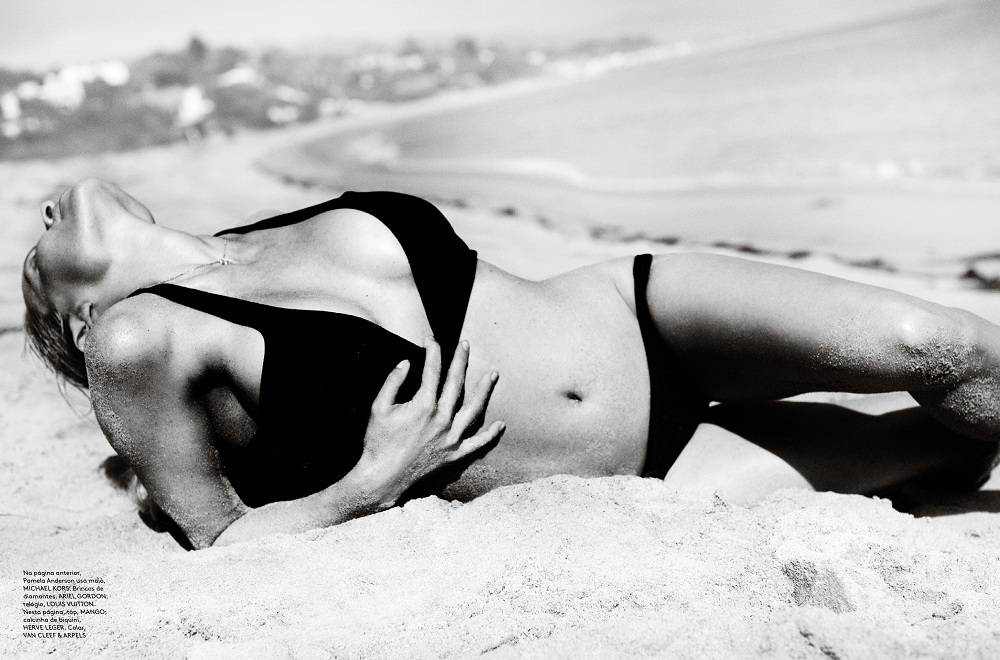 Pamela-Anderson-Vogue-04