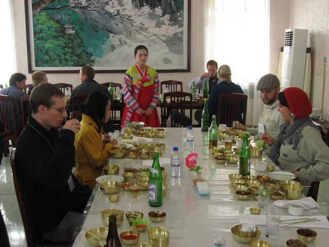 Casual dining, North Korean style... perhaps. Photo: Peninsularity Ensues.