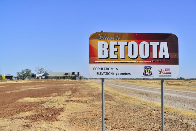 ...doesn't look like an authentic outback sign. Photo: Lorraine Kath