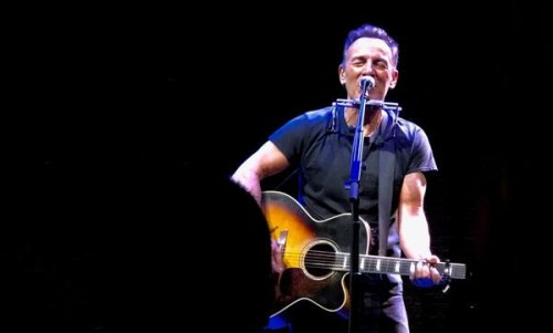 Bruce Springsteen plays an encore during Springsteen on Broadway