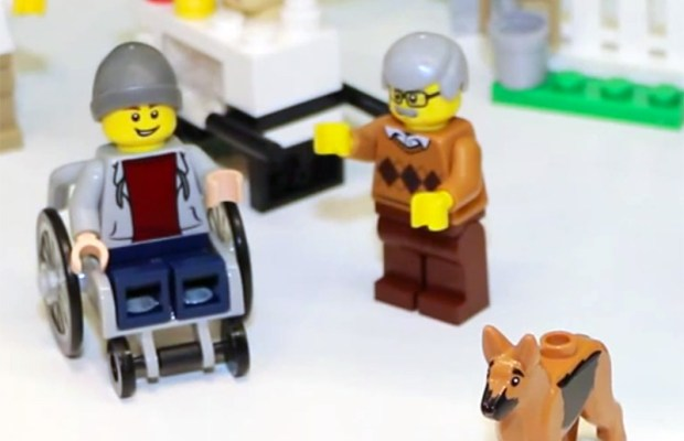 LEGO-minifig-in-wheelchair-with-assistance-dog