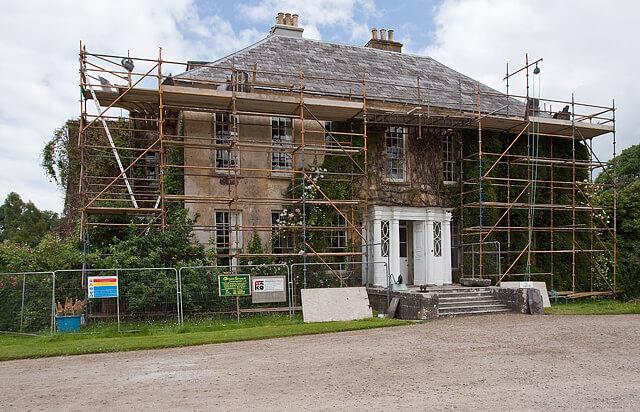 La différence entre le permis de construire pour les petits travaux et celui requis pour les grands chantiers