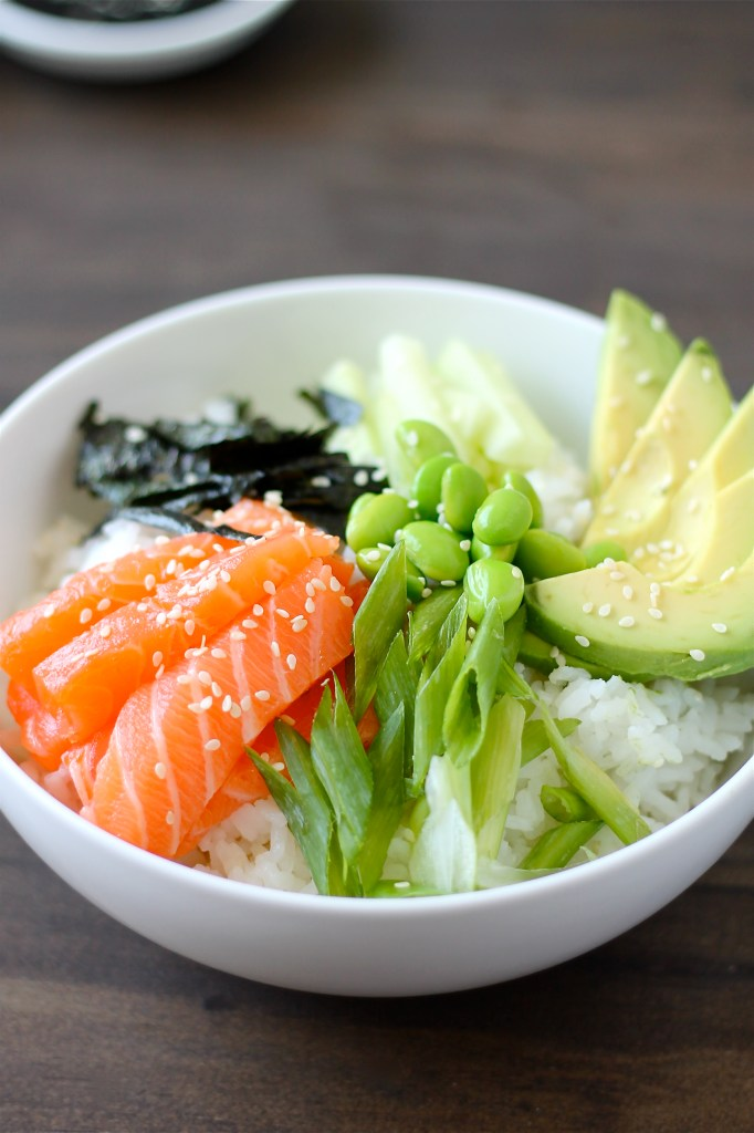 Sushi Bowl with Salmon and Edamame