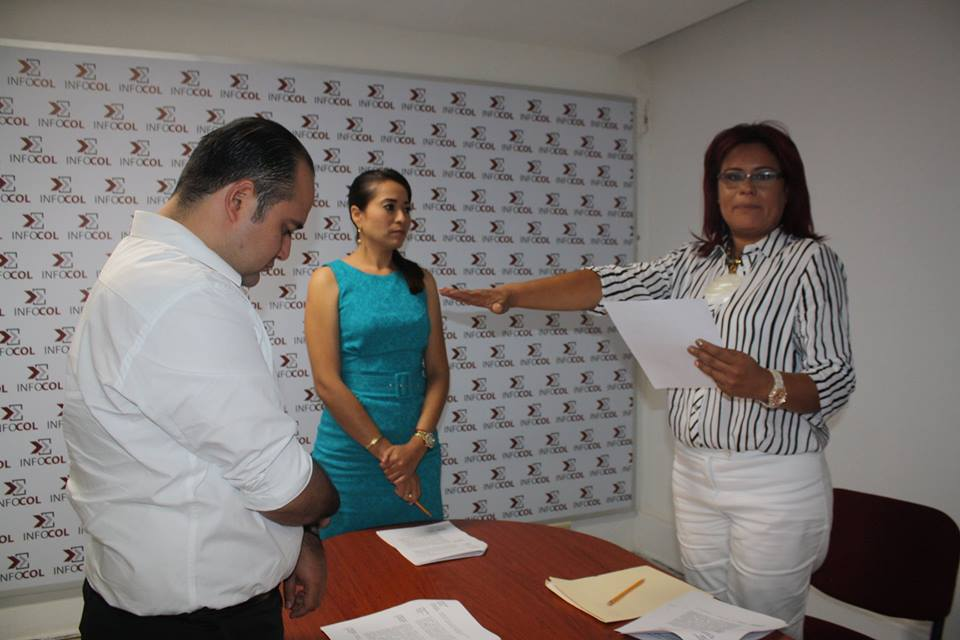 Presidenta de Transparencia es comadre de Nacho