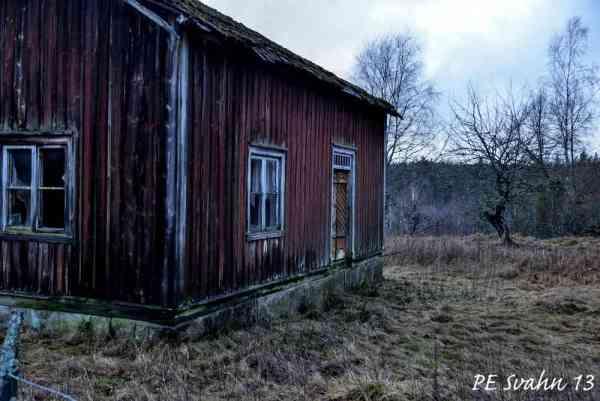 Lillstuga (hdr): Kamerahus: NIKON D800 Objektiv: VR Zoom 24-120mm f/4G IF-ED Brännvidd: 38mm,   Bl: 4 Slutartid:1/125, ISO: 400